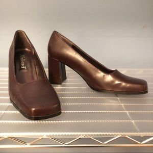Vtg 90s UNLISTED Block Heel Pumps